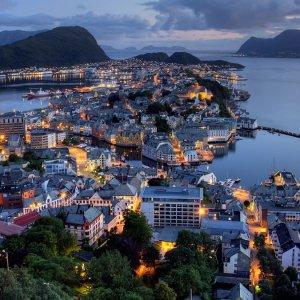 Dünyanın en mutlu ülkesi Norveç, Türkiye ise 69. sırada