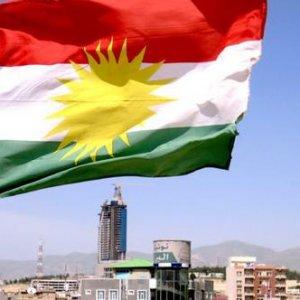 ''Kürdistan bayrağı'' krizi büyüyor