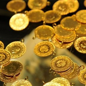 Altın fiyatlarında ibre tersine döndü