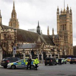 İngiltere'de terör saldırısı: 5 ölü, 40 yaralı