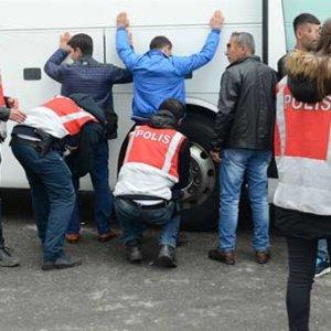 İstanbul'da dev operasyon ! Giriş çıkışlar tutuldu