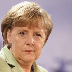 Almanya silah ambargosunu genişletiyor