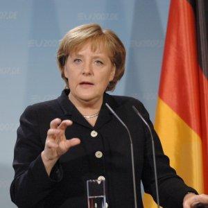 Merkel'i zorlayan Erdoğan sorusu