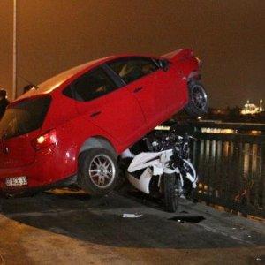 Unkapanı Köprüsü'nde inanılmaz kaza