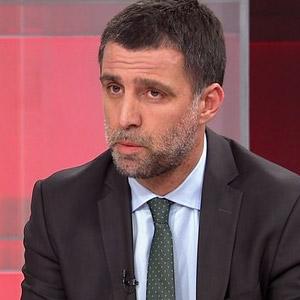 Ertem Şener'den Hakan Şükür'e: ''Buraya hainler bağlanamaz''
