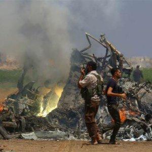 Sıcak gelişme! Suriye'de helikopter düşürüldü