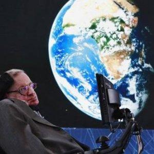 Stepen Hawking'in ismini duyan ünlüler sıraya girdi !