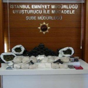 Bir haftada 13 milyon TL değerine uyuşturucu yakalandı