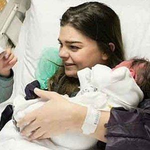 Ünlü oyuncu 2. kez anne oldu