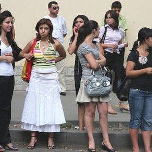 Gürcistan vatandaşlarına vize resmen kalktı