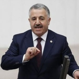 Bakan Arslan: Yasağın kaldırılacağını düşünüyoruz