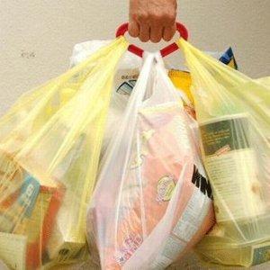 Marketlerde ve mağazalarda naylon poşet devri bitiyor