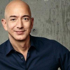 Bir günde dünyanın en zengin ikinci insanı oldu