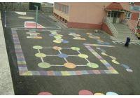 Okul Bahçesi Rengarenk Oyun Çizgileri İle Hayat Buldu