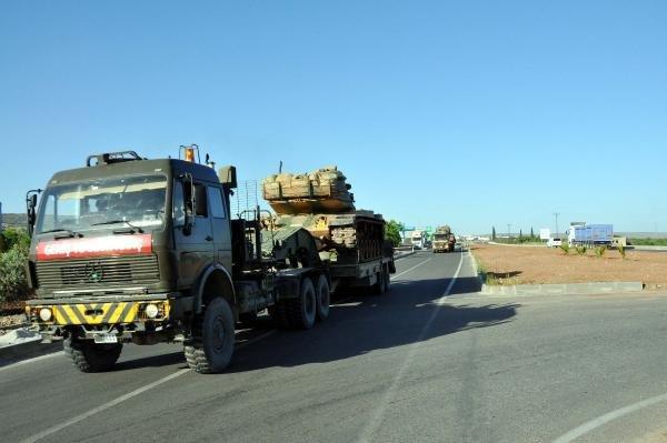 Tanklar ve zırhlı araçlar geliyor !