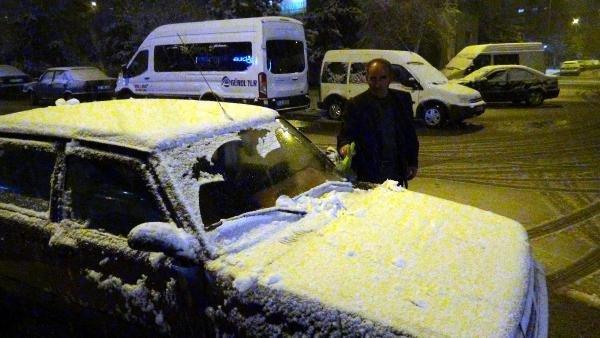 O bölgelerde kar başladı !