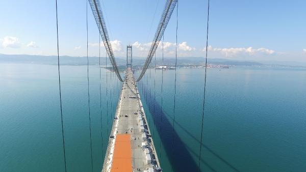 Körfez Köprüsü bayrama hazırlanıyor !