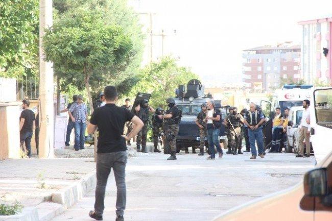 Gaziantep'te IŞİD'in hücre evi basıldı !