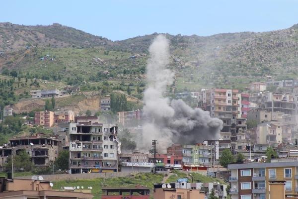 Şırnak'ta son durum: PKK ağır silahlarla vuruluyor