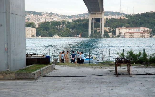 Boğaziçi Köprüsü'nden atlayarak intihar etti !
