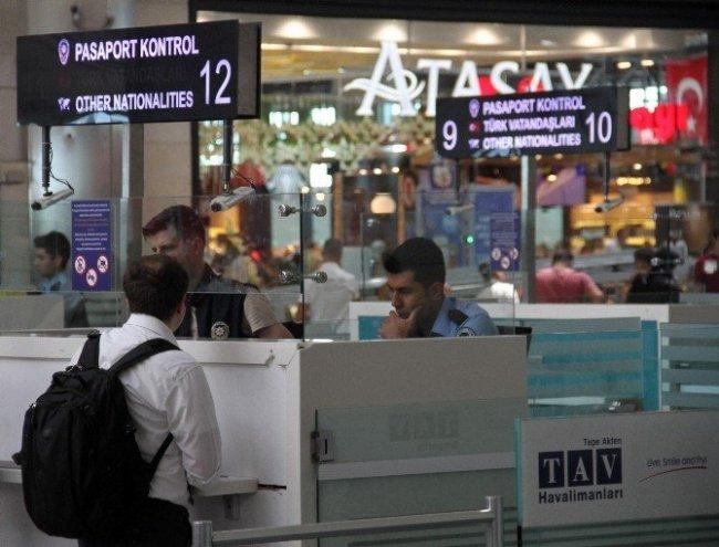 Yeşil pasaportlular havalimanına gelmedi