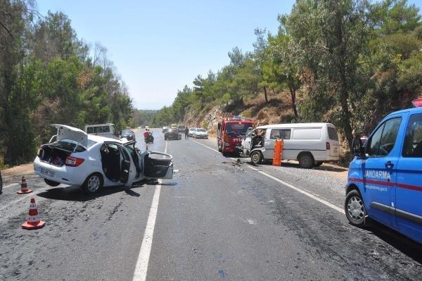 Eriyen asfalt ölüm saçtı !