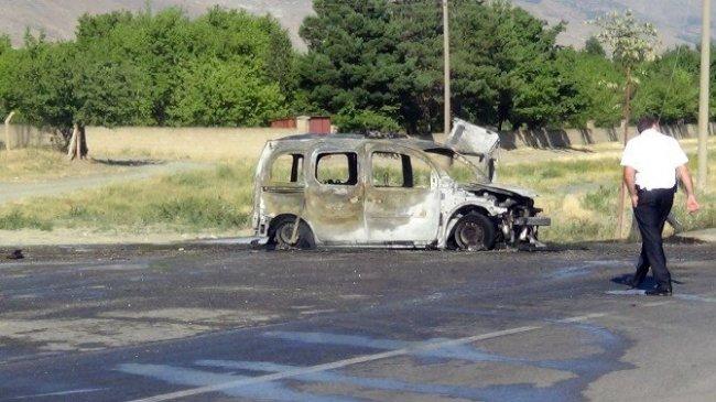 Teröristler yine iş başında ! Polis ekiplerine bombalı saldırı...