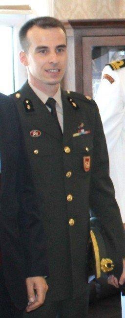 30 Ağustos töreninde teğmen fenalık geçirdi