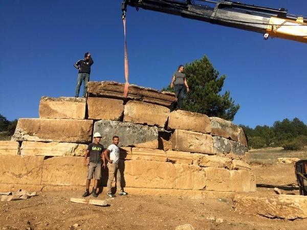 2.200 yıllık mezar bulundu