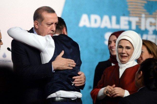 Erdoğan'ı karşısında görünce dayanamadı