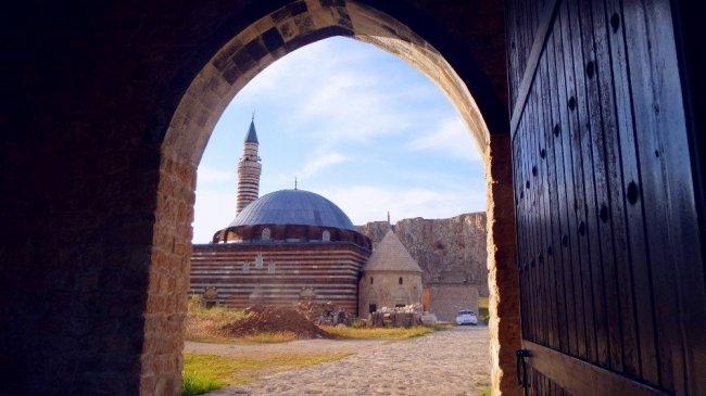 Van'a İranlı turist akını