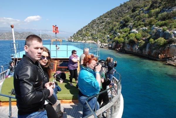 Rus turistler sezonu açtı