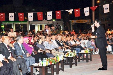 EDREMİT'TE 9 EYLÜL KONSERİ