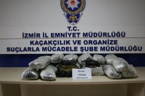 İZMİR'DE ESRAR OPERASYONU