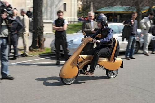 moveo-electric-folding-scooter_1.jpg
