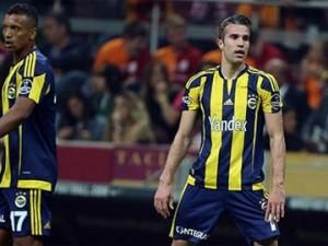 Fenerbahçe Beşiktaş'ın istediği yıldızla el sıkıştı !