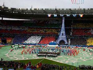 EURO 2016'ya muhteşem açılış