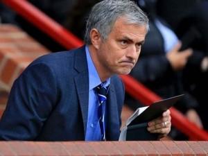 Mourinho gönderiyor, Fenerbahçe alıyor !