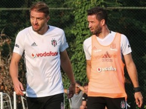 Beşiktaş'ta Caner Erkin şov !