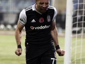 Kadıköy'de Gökhan Gönül'ü bekleyen şok !
