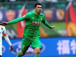 Burak Yılmaz gollerine Çin'de devam ediyor