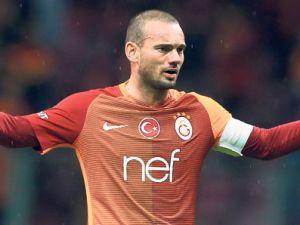 Sneijder neden karar değiştirdi ?