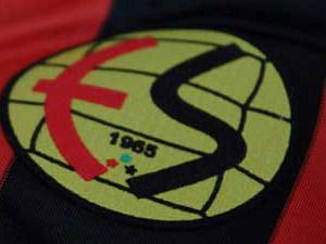 Eskişehirspor'da şok istifa !