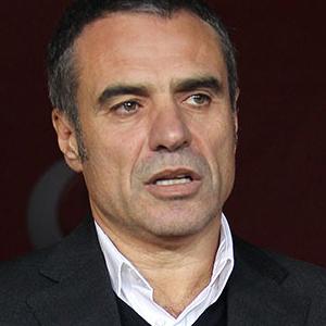 Ersun Yanal Trabzonspor ile anlaştı