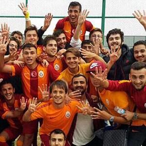 Galatasaray'dan bir şampiyonluk daha !