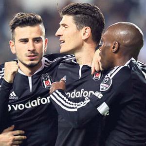 Beşiktaş Skenderbeu maçı hangi kanalda saat kaçta ?