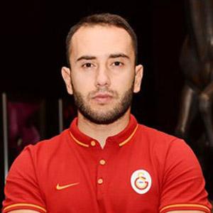 Galatasaray Olcan Adın'a kapıyı gösterdi