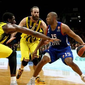 Türk derbisini Fenerbahçe kazandı !