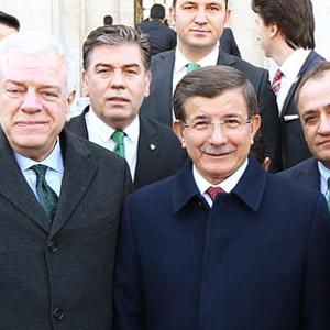 Bursaspor'dan Ahmet Davutoğlu'na ziyaret