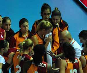 Galatasaray Avrupa'da yarı final peşinde !